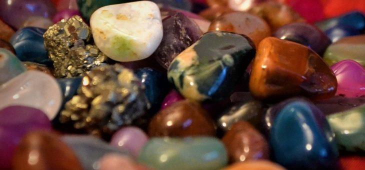 Cuarzos, cristales y piedras de uso personal