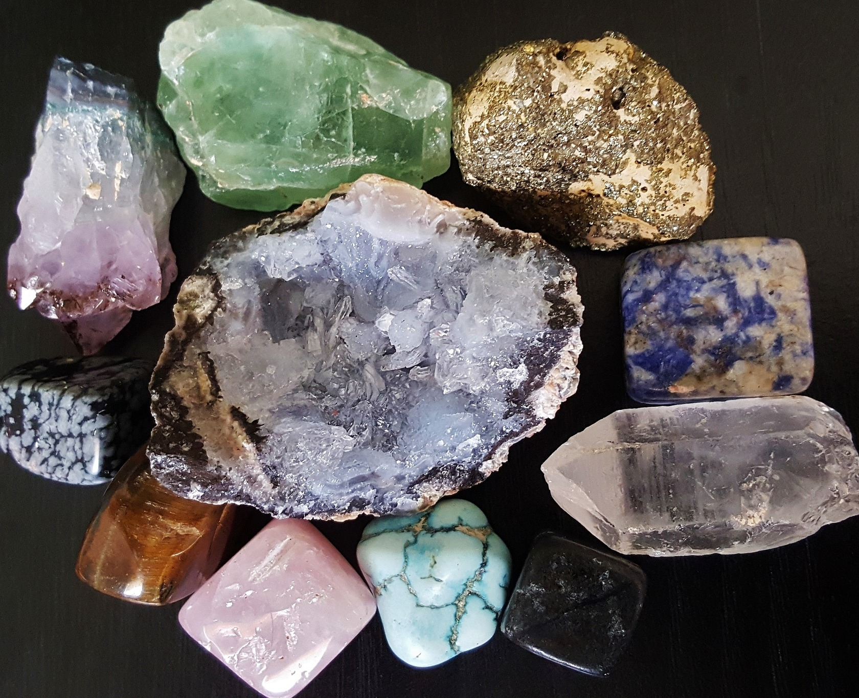 Vistoso Uña De Fusión Mineral Granate Pulimento Regalo - Ideas de ...
